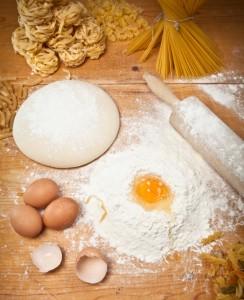 Pasta All'uovo Per Tagliatelle, Pappardelle, Tagliolini, Maltagliati
