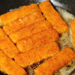 Bastoncini di pesce alla mozzarella