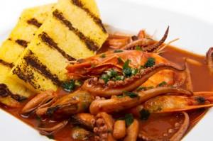 Calamaretti in umido con Polenta