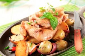 Ali di pollo con patate novelle