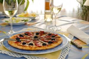 pizza acciughe olive