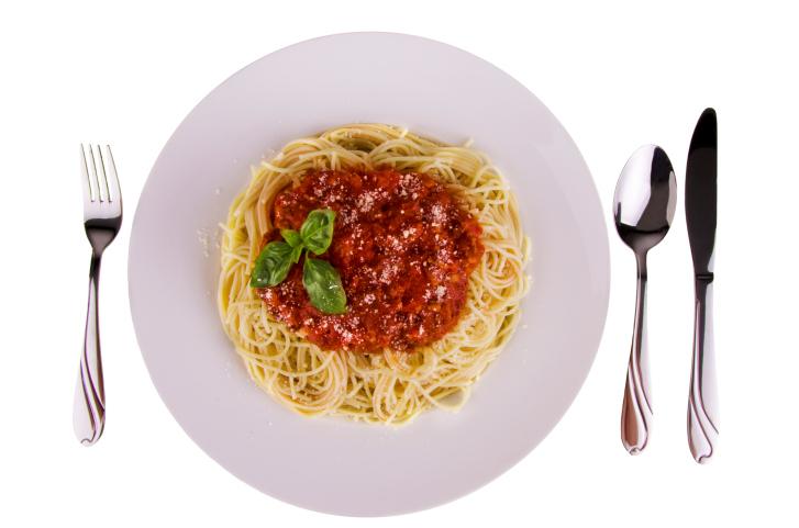 spaghetti al pomodoro e peperone